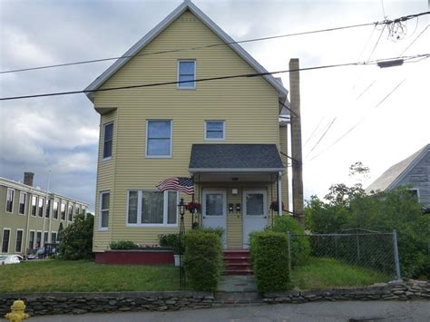 leominster home 8 oak ave leominster ma 01453 mls 72177749 coldwell