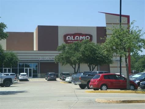 alamo house alamo draft house photo de alamo draft house richardson tripadvisor