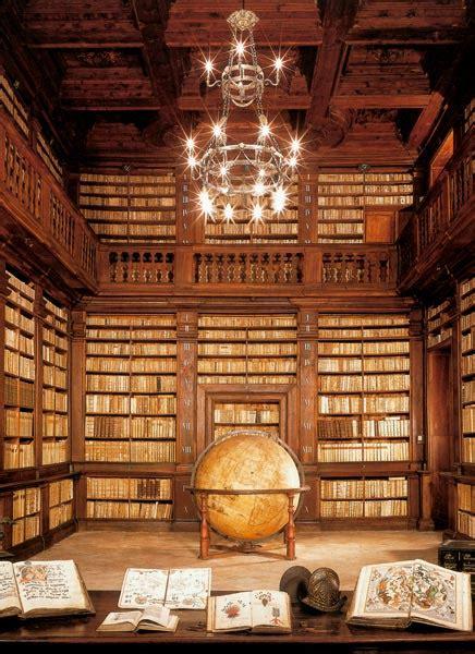 libreria fermo sala mappamondo biblioteca spezioli