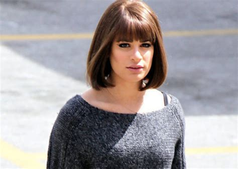 B Berry Hitam Dress demi glee lea michele usung gaya rambut bob baru