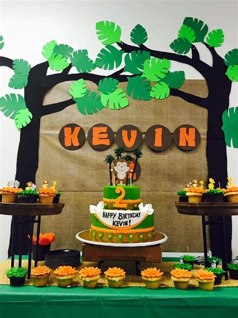 Decoration Theme Jungle by Jungle Themed Birthday With Diy Decorations