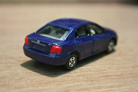 tomica toyota 1 64 die cast toy cars tomica toyota corolla axio
