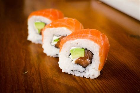 Salmon Sushi smoked salmon sushi roll learn how to make this amazing sushi roll