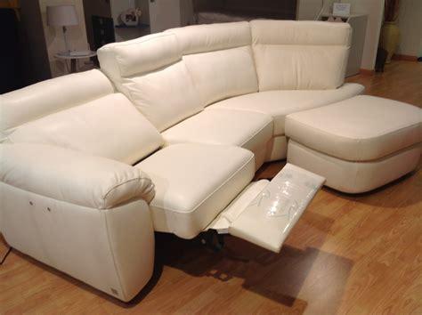 divani con relax elettrico divano doimo sofas charles scontato 55 divani a