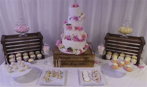 ***CAKE TABLE & ACCESSORIES***   Weddings & Parties   Busy