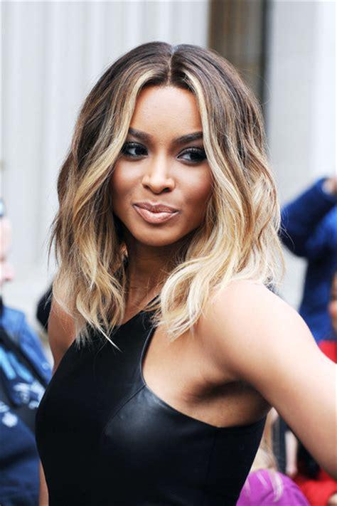 top 10 most popular female singers in 2014 best top 10 hottest female singers top 10 alux com