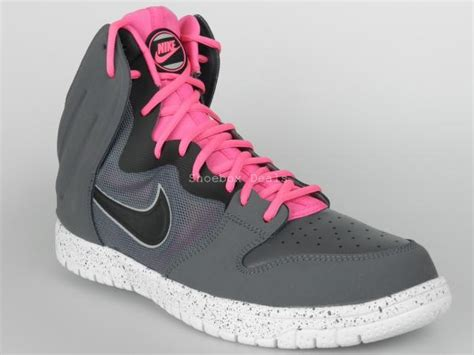 nike breast cancer basketball shoes nike dunk free size 10 5 new mens breast cancer pink