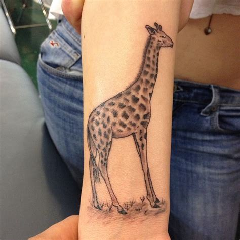 giraffe tattoo giraffe tattoos designs ideas and meaning tattoos for you