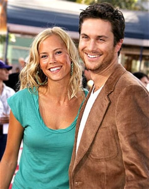 oliver hudson y su esposa oliver hudson expecting second child us weekly