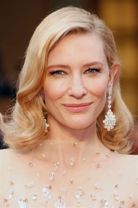 hairstyles of actresses in their 40s 47 best images about fabulous at 40 on pinterest for