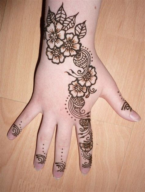 henna tattoo kids 25 best ideas about henna designs for on