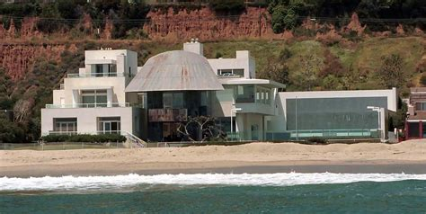 celebrity home addresses red carpet dresses celebrity addresses in malibu