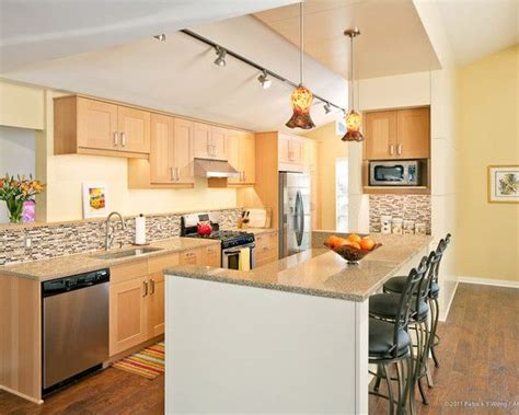 Light Maple Kitchen Cabinets Wonderful Light Maple Kitchen Cabinets For Your Home Designs With Inspiring Design Type Modern