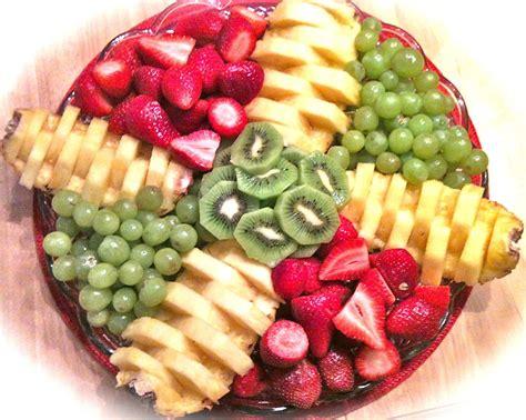 fruit tray how to make a fruit tray pretty