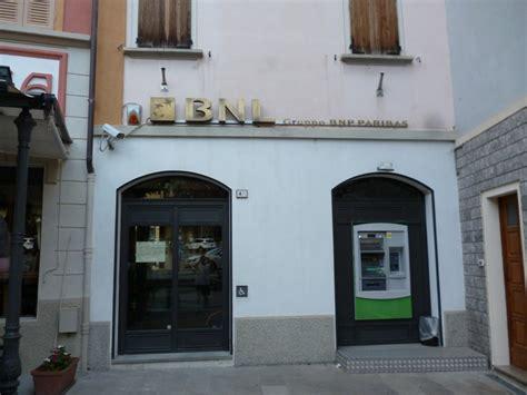banca nazionale lavoro sede castelnovo chiude lo sportello della banca nazionale