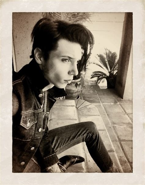 andy biersack hairstyle andy sixx images