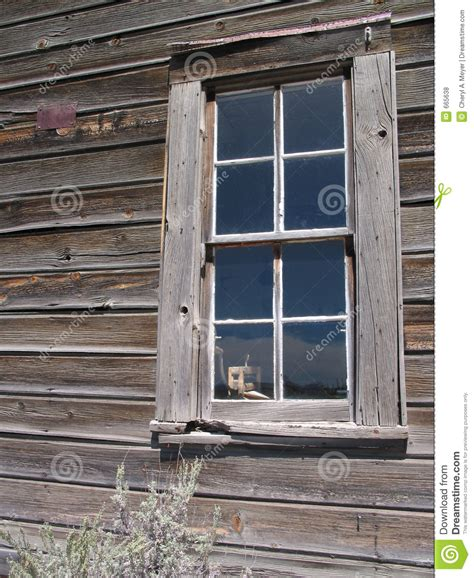 old house window old house window royalty free stock photos image 665638