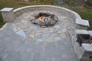 Field Patio Thoma Res Calico Flag Local Fieldstone Firering Estate