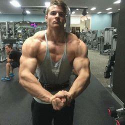 carlton loth bodybuilders   bodybuilding gym hot guys
