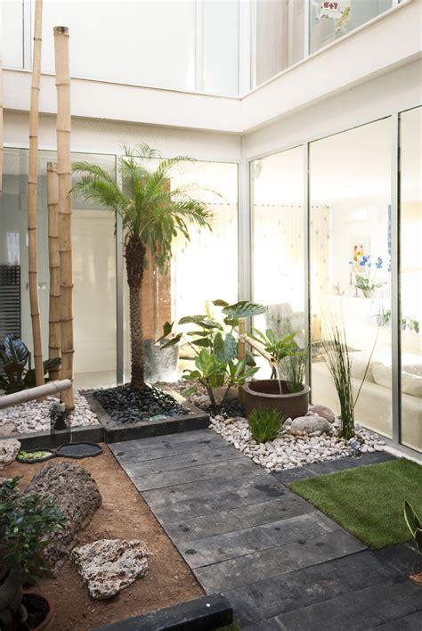 jardin zen interior jardin zen en patio interior david jim 233 nez arquitectura