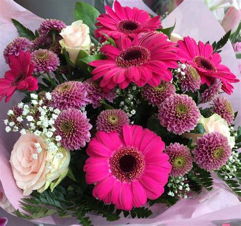 fiori per la festa della mamma festa della mamma fiori a monza consegna a domicilio di
