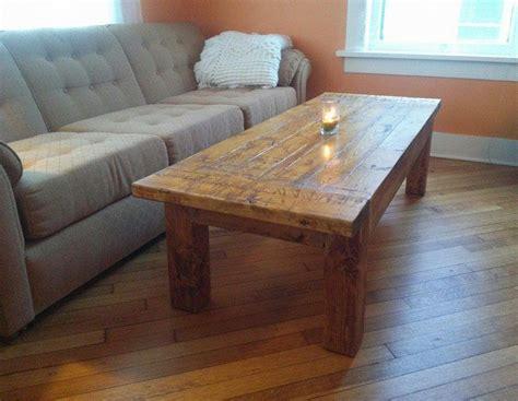 Rustic Diy Coffee Table Diyideacenter Com Rustic Diy Coffee Table