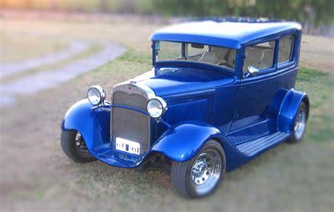 Fotos De Carros Antiguos Y Alguno Moderno Alquiler De Autos Antiguos Y Modernos Paseos Inolvidables