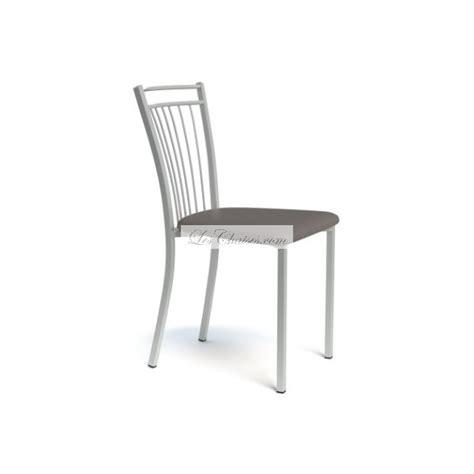 chaise cuisine noir ophrey com chaise de cuisine cuir noir pr 233 l 232 vement d