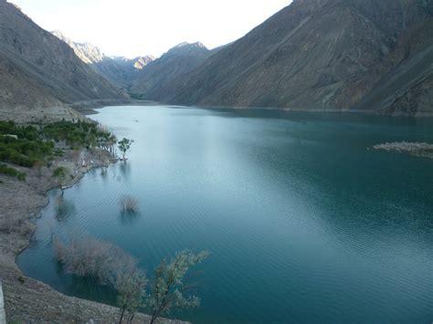 indus river wikipedia file indus river gilgit baltistan pakistan jpg