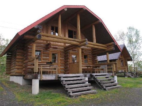 log cabin 2 separate rooms with bathroom and