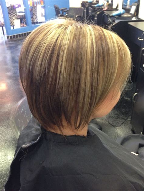 hair styles bob lo lites short layered bob haircut with dark caramel blonde low