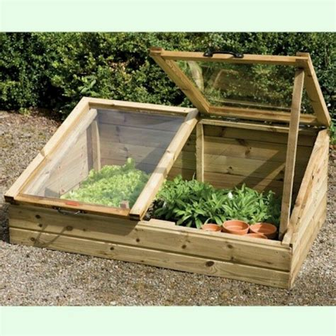 Small Backyard Greenhouse For The Home Gardener 25 Best Ideas About Small Greenhouse On