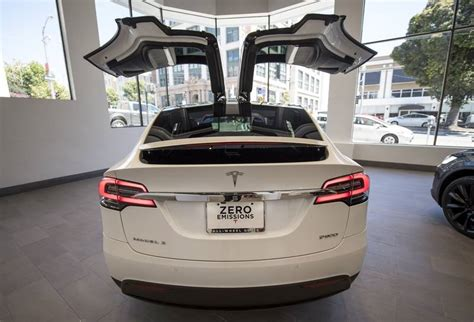 Tesla S Model X Misses Out On America S Voracious Suv Hunger