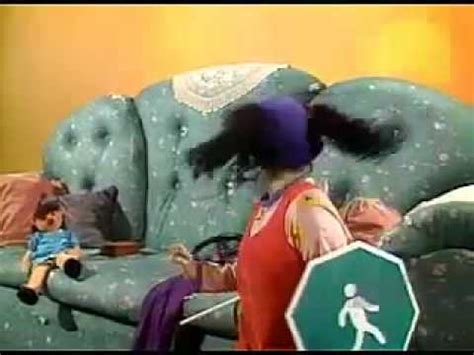 Big Comfy Couch Red Light Green Light Stop And Go