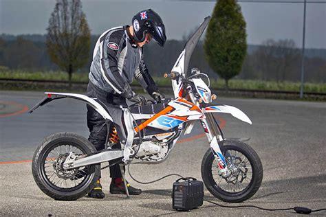 Elektro Motorrad Test 2015 by Ktm Freeride E Sm Test Elektromotorrad 2015