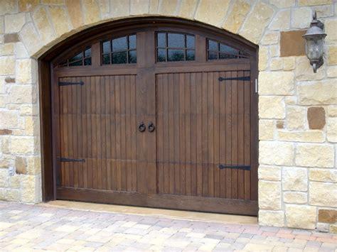 Custom Garage Doors Austin Garage Door Solutions Overhead Door Solutions