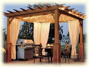Pergola With Curtains I Adore This Pergola I Like The Lighting And The