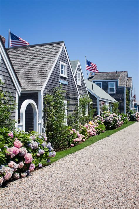 best 25 nantucket style homes ideas only on
