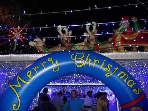 best 28 christmas lights on the gold coast gold coast