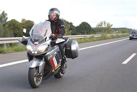 Motorrad Fahren Bergewicht by Medizinische Auswertung Des 100 000 Kilometer Tests Mit