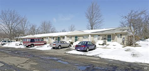 apartments in pontiac michigan hill farms pontiac mi apartment finder
