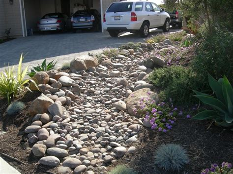 River Bed Landscape by Home Decor River Bed Landscaping Ideas Corner