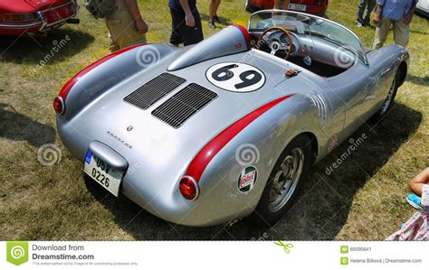 porsche modified cars porsche racing cars editorial photo cartoondealer com