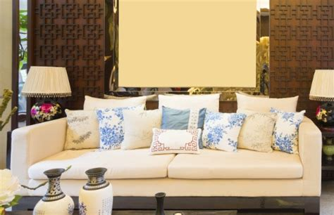 how to choose pillows for sofa how to choose pillows for sofa 5 fall sofa slipcovers