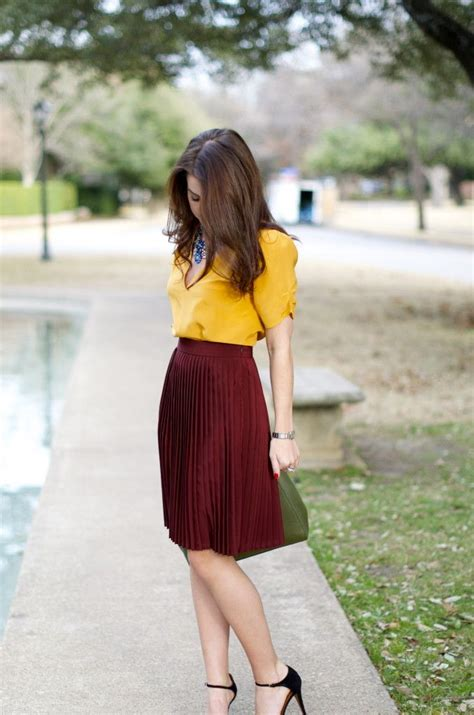 color combination for clothes 25 best ideas about burgundy skirt on pinterest