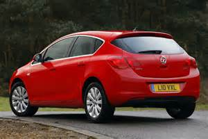 Vauxhall Astra Cars Vauxhall Astra Review