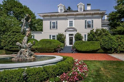 tour oakwood estate in newport r i hgtv s ultimate