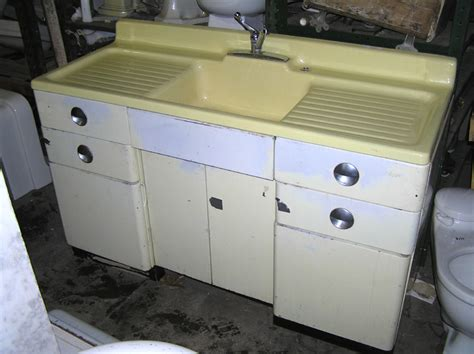 Retro Kitchen Sinks Vintage Style Kitchen Drainboard Sinks Retro Renovation