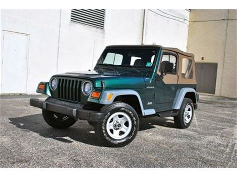 all car manuals free 2000 jeep wrangler user handbook purchase used 2000 jeep wrangler se 2 5l manual 4x4 must see no reserve in egg harbor