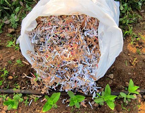 How To Make Paper Mulch - how to make paper mulch 28 images newspaper mulching
